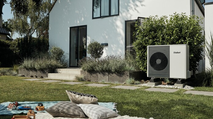 https://www.vaillant.fr/images-1/produits/pac/arotherm-split/arotherm-split-amb6-1577403-format-16-9@696@desktop.jpg